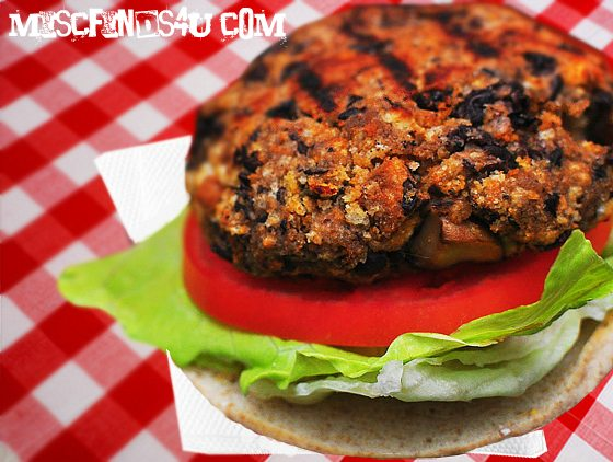 Vegan / Vegetarian Homemade Black Bean Burger Recipe