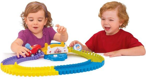 Pocoyo And Friends Swiggle Traks Feature Track With Bridge