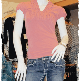 I love the color of this trendy top with puffed sleeves and v-neck collar details - so sweet with this fabulous jeans!