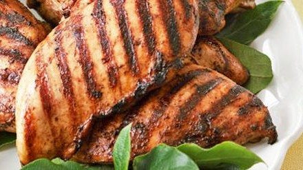Recipe: Coffee-Rubbed Spiced Grilled Chicken & Fresh Fruit-Basil Salsa