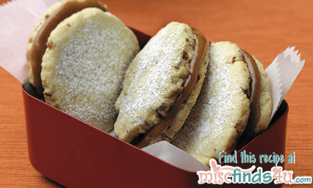 Gluten-Free Recipes: Almond Sandwich Cookies with Caramel Filling