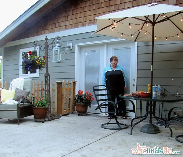 """#cbias The """"after"""" - Mom comes out to see her surprise mini backyard makeover!"""