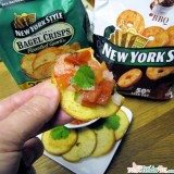 New York Style Bagel Crisps - Roasted Garlic with Pico de Gallo