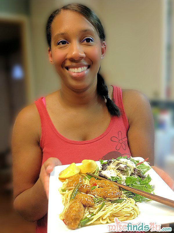 La shows off her Lean Cuisine Asian entree #cbias