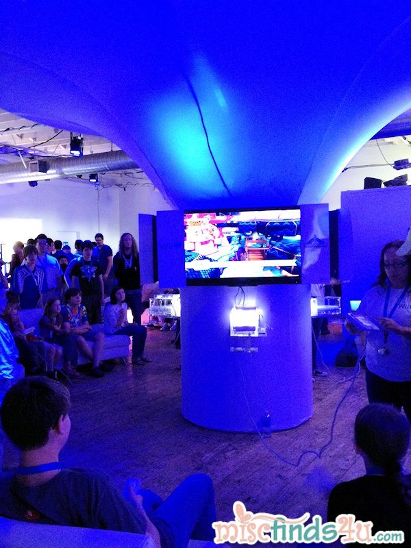 The Seattle Wii U Experience was an futuristic design conducive to game playing and exploring new games.