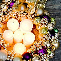 Crafts: 10 Best DIY Holiday and Christmas Wreath Tutorials to Make Now