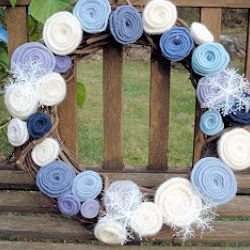 Felted Wool Rose Wreath Tutorial by Creative Passage