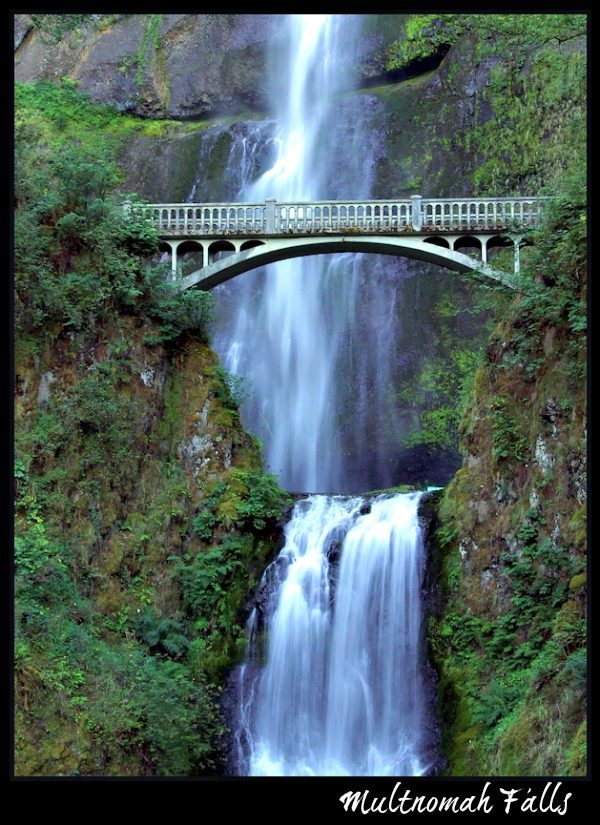 Multnomah Falls - Portland, Oregon (Photo Credit: Creative Commons via Flickr by Sevela.p )