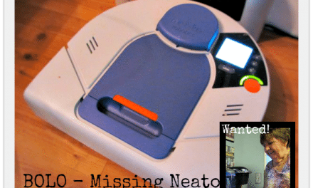 Neato XV-21 Review – a Pet Lover's Dream Robotic Vacuum