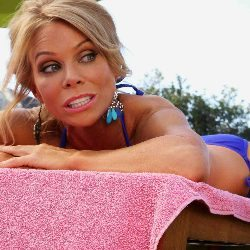 ABC's Suburgatory – Chat with Cheryl Hines AKA Dallas Royce #suburgatory