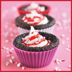 Dark Chocolate Peppermint Lava Cakes by makizavelli