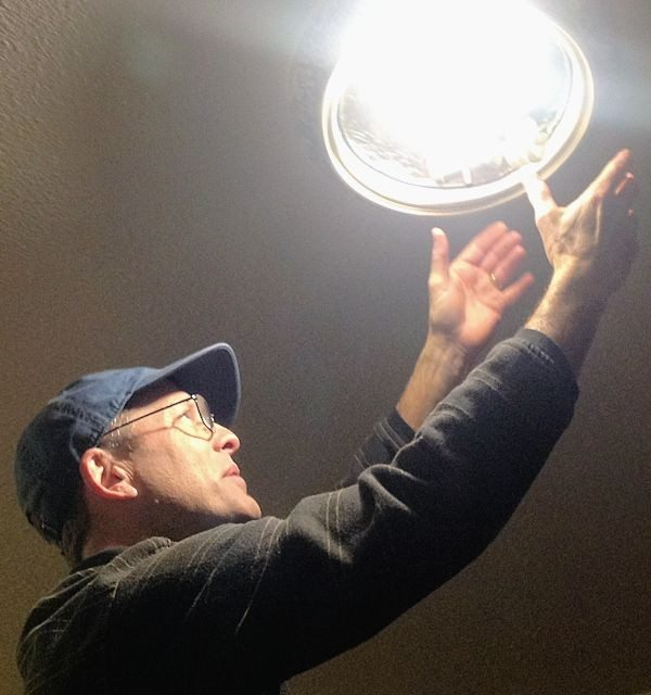 Home Light Bulb Inventory – Can GE Light Bulbs Save Energy and Money?  #cbias