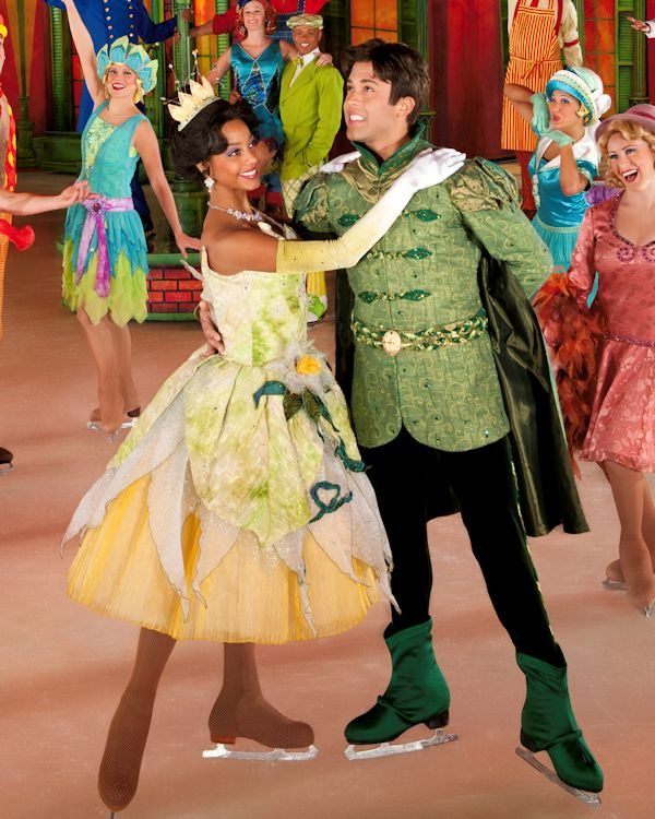 Tiana and Deryck Szatkowski as Naveen in the French Quarter
