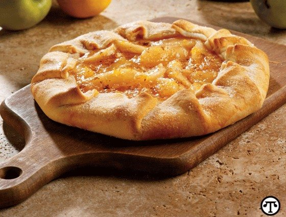 Easy Rustic Apple Pie Recipe For Everyday or Holidays – Delicious!
