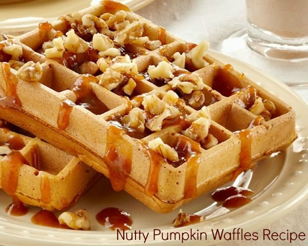 Christmas Morning Waffle Recipe – Nutty Pumpkin Waffles