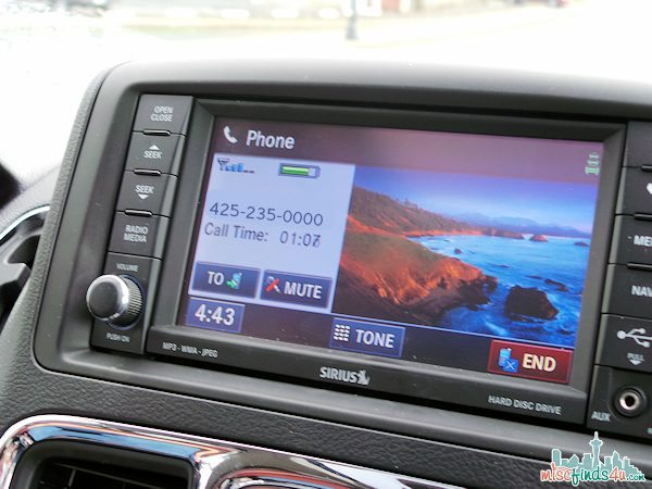 Hands Free Calling via Uconnect on the Chrysler Town & Country Minivan