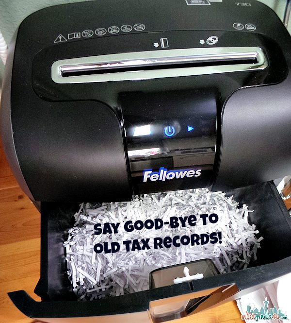 See how this Fellowes Shredder tackled my paper mess