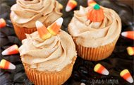 Pumpkin Cupcakes with Spiced Cream Frosting