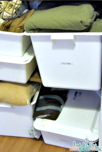 Cleaning out the Linen Closet  -  #HolidayFresh #MC Sponsored