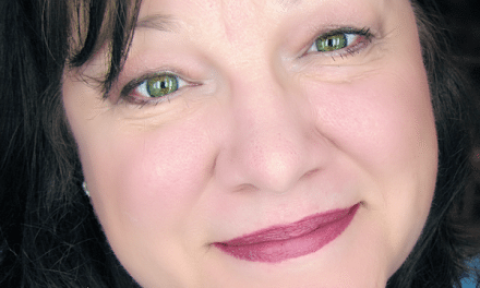 Holiday Makeup Looks: My Mary Kay Makeover