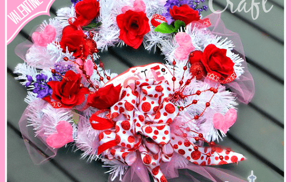 Dollar Store Crafts: Valentine's Day Wreath #dollartree