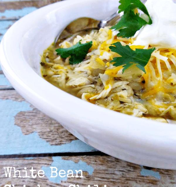 Pressure Cooker Recipes: Mild White Bean and Chicken Chili