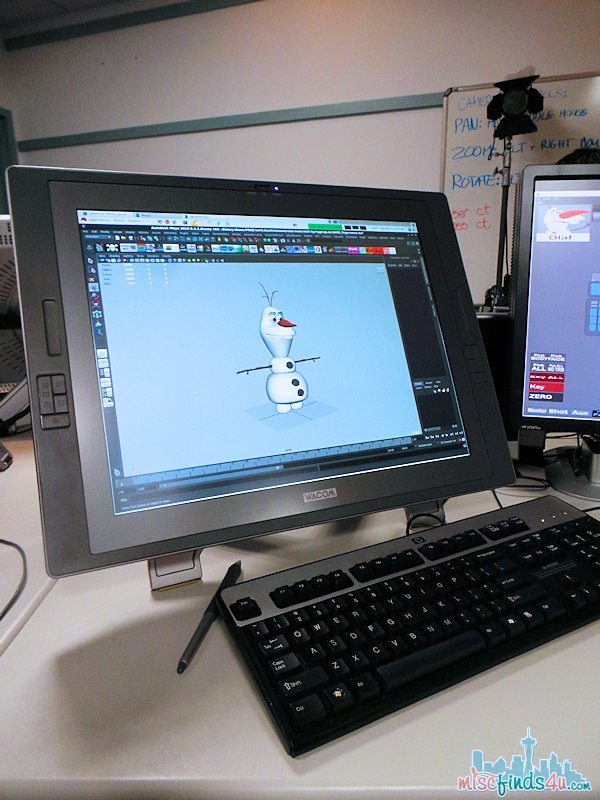 Disney Animation Rigging Computer - my workstation -  #piratefairybloggers  ad