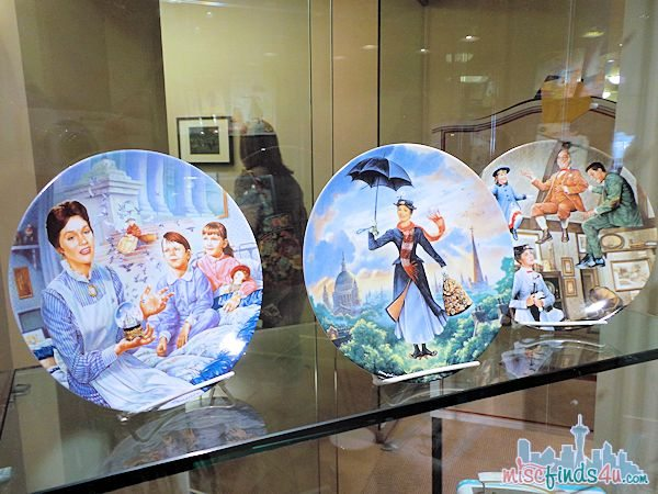 Saving Mr Banks Walking Tour - Mary Poppins 1960 Products - Plates