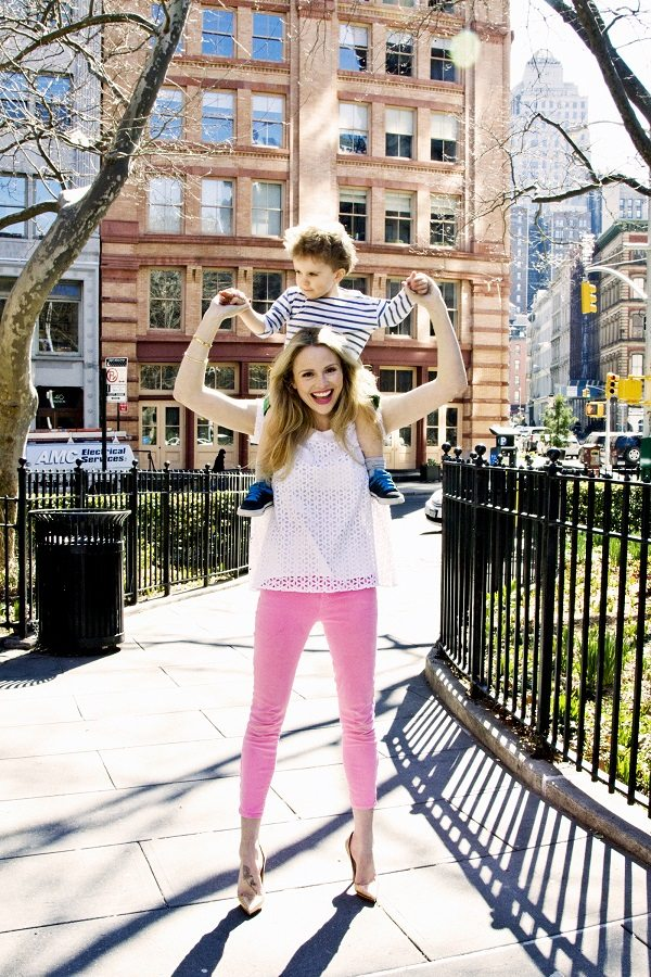 """Amother to four, Rosie is the founder ofRosie Pope Maternity, MomPrep and Rosie Pope Baby, as well asauthor of""""Mommy IQ: The Complete Guide to Pregnancy"""" and previous star of Bravo TV's """"Pregnant in Heels."""