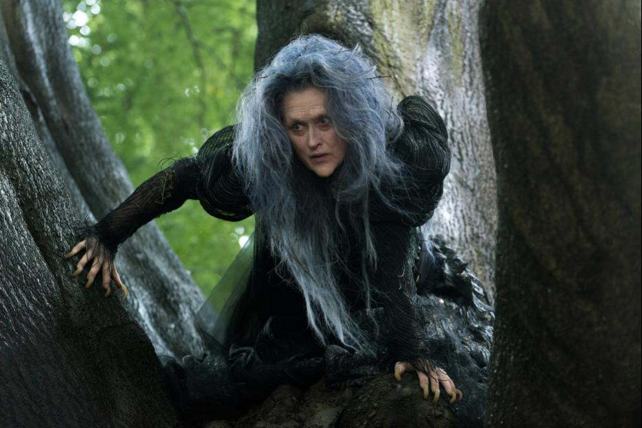 Meryl Streep and Johnny Depp Go INTO THE WOODS 12/25/14