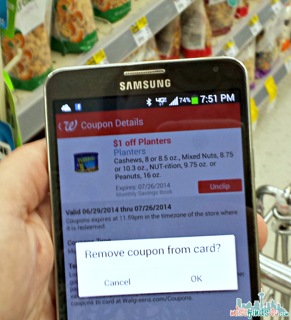 Walgreens Paperless Coupons - Managing Paperless Coupons made Easy with Walgreens App #WalgreensPaperless #CollectiveBias