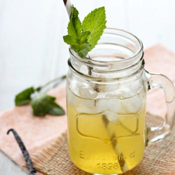 Vanilla Honey Iced Tea Lemonade by Cookie Monster Cooking