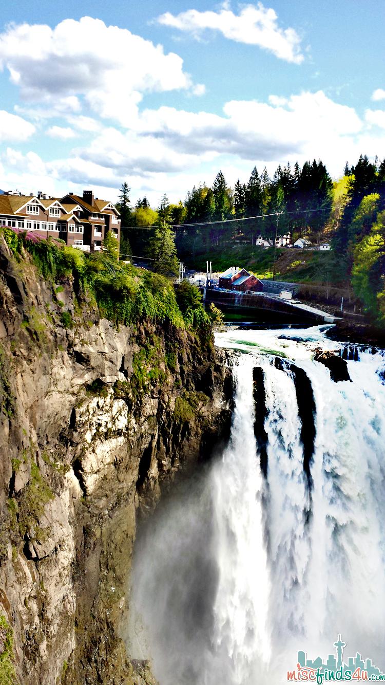 Travel Washington - Snoqualmie Falls and the Salish Lodge & Spa