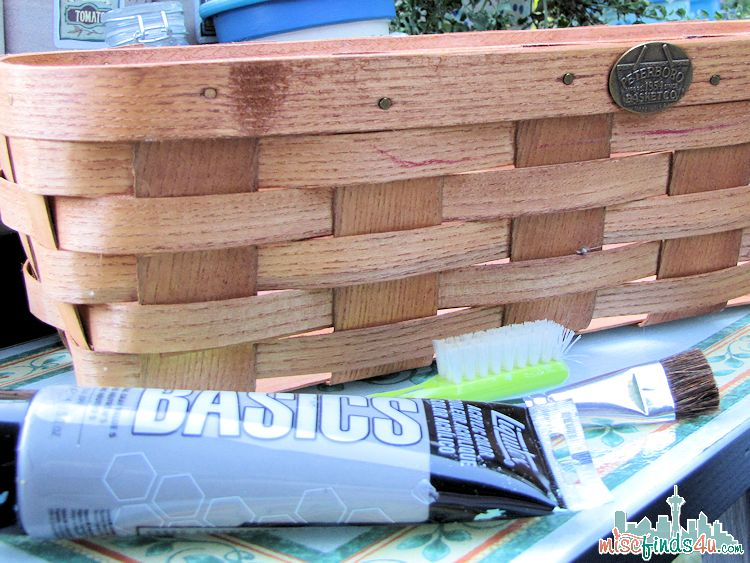 How to Paint a Basket: Basket Makeover for under $5 - Before photo