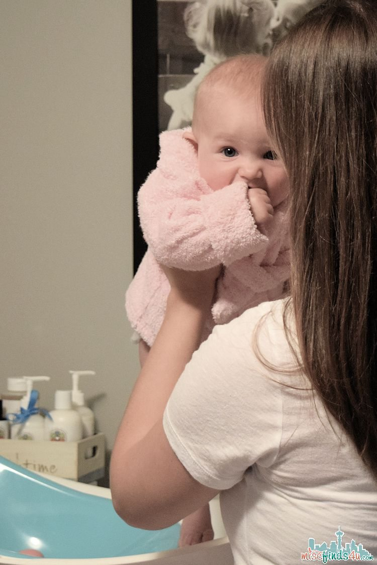 Bathtime Naturally: Baby Mantra Products #BabyMantra #MC #Sponsored
