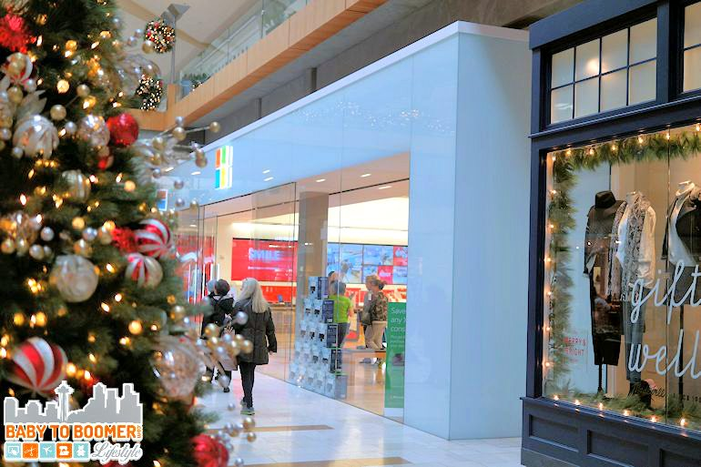 Holiday Shopping at the Microsoft store Microsoft Store Provides Amazing Customer Service and Value - #ad