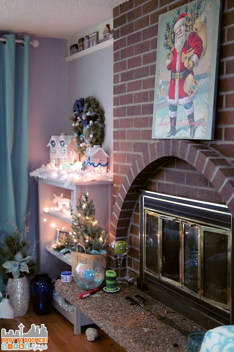 Poster on Canvas DIY Wall Art: Easy Holiday Decor for $10 - step-by-step and photo instructions