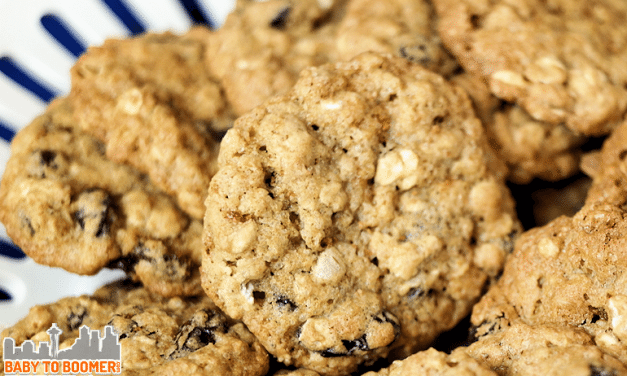 Maple Oatmeal Cookies with Raisins and  Flax Seeds Recipe