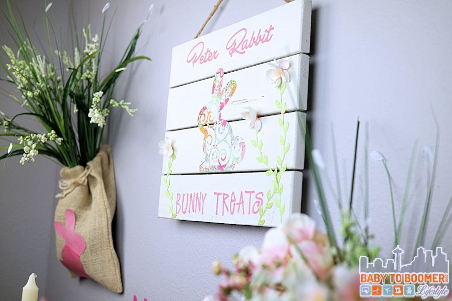 Easy Easter Crafts - Peter Rabbit Bunny Treats Sign