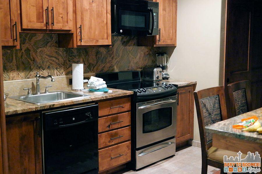 Sedona Summit Resort / full kitchen - Groupon Getaway to Sedona Summit Resort in Arizona #Travel #MyGrouponGetaway ad