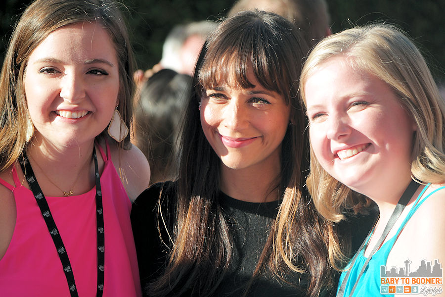 Actor Rashida Jones  takes photos with fans  at the Disney   Pixar INSIDE OUT Movie Premiere - Hollywood, CA