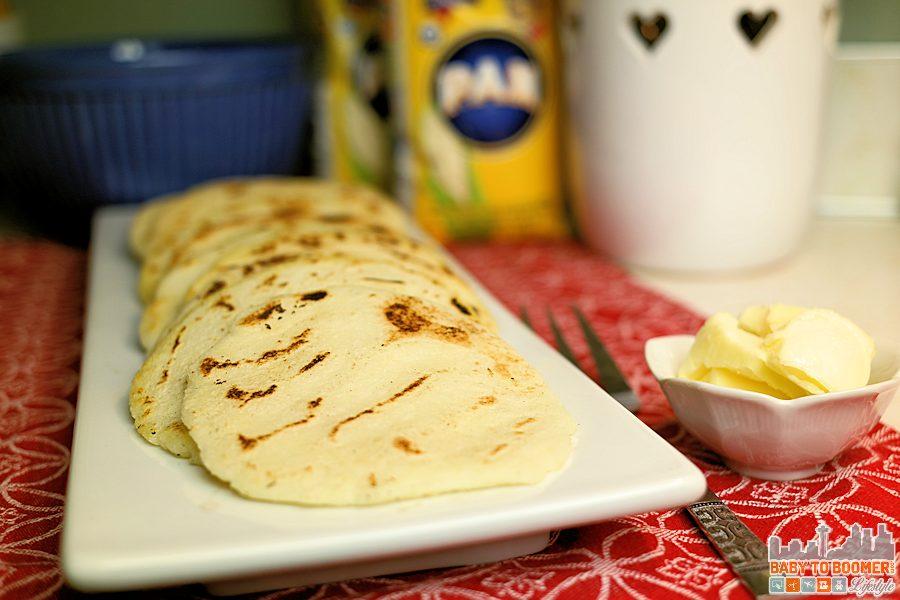 PAN Arepa Telita Recipe - easy to make! My Culinary Explorarion of white cornmeal #PANFan #IC ad