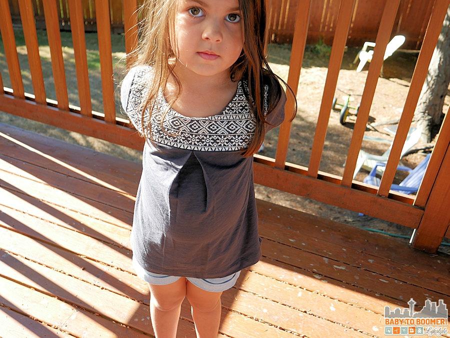 Jayda in her OshKosh Outfit - Back to School with OshKosh - Sizes 0-12 Plus 25% Off Coupon #backtobgosh #BgoshJeanius #ad