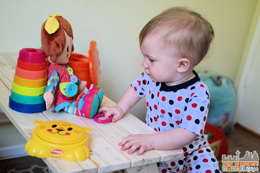 Lion Stacker - PLAYSKOOL Play, Stow, Go Toys: Take The Fun On the Road #PlaySkoolOntheGo #ad