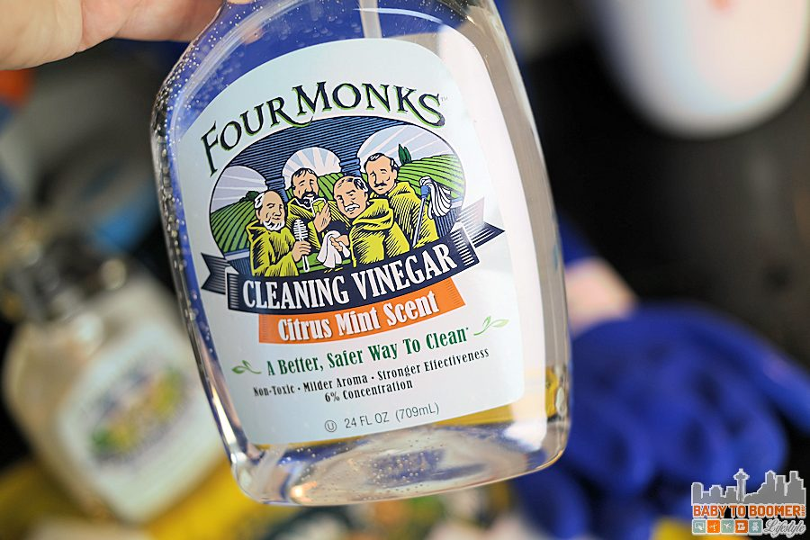 Citrus Mint - Natural House Cleaning For the Holidays with Four Monks Cleaning Vinegar #FourMonksClean ad