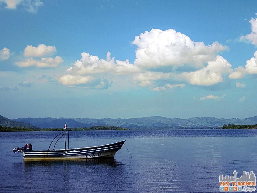Isla Canas - Hostal Pachamama Panama - DAD Boat