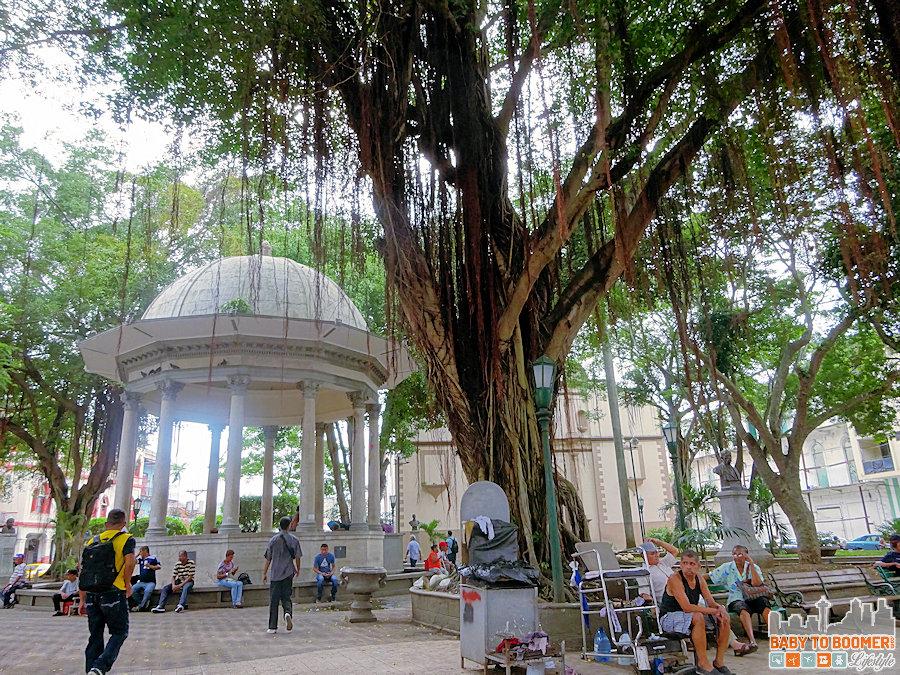 Panama - Panama City - Casco Viejo -Fonda Evian