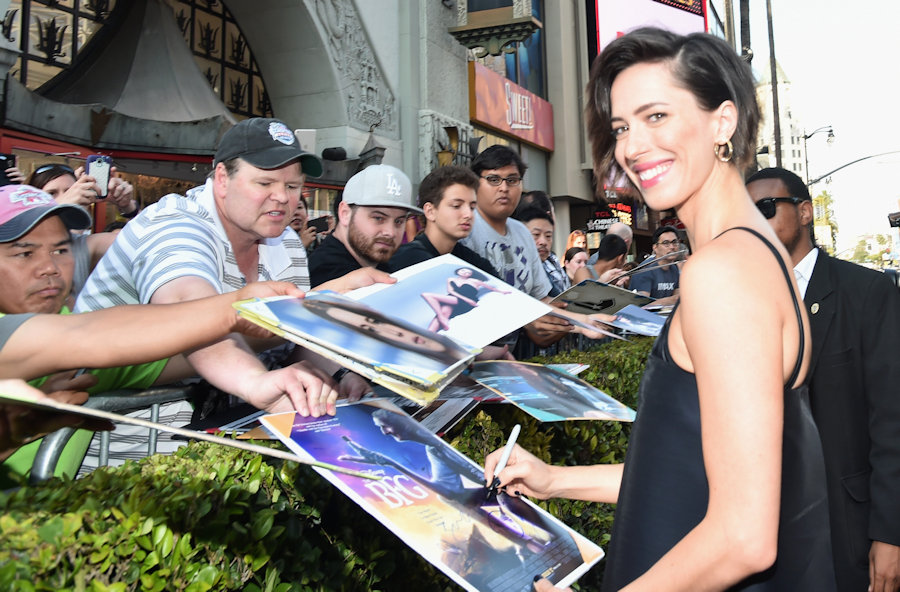 "HOLLYWOOD, CA - JUNE 21: Actress Rebecca Hall arrives on the red carpet for the US premiere of Disney's ""The BFG,"" directed and produced by Steven Spielberg. A giant sized crowd lined the streets of Hollywood Boulevard to see stars arrive at the El Capitan Theatre. ""The BFG"" opens in U.S. theaters on July 1, 2016, the year that marks the 100th anniversary of Dahl's birth, at the El Capitan Theatre on June 21, 2016 in Hollywood, California. (Photo by Alberto E. Rodriguez/Getty Images for Disney) *** Local Caption *** Rebecca Hall #TheBFGEvent"