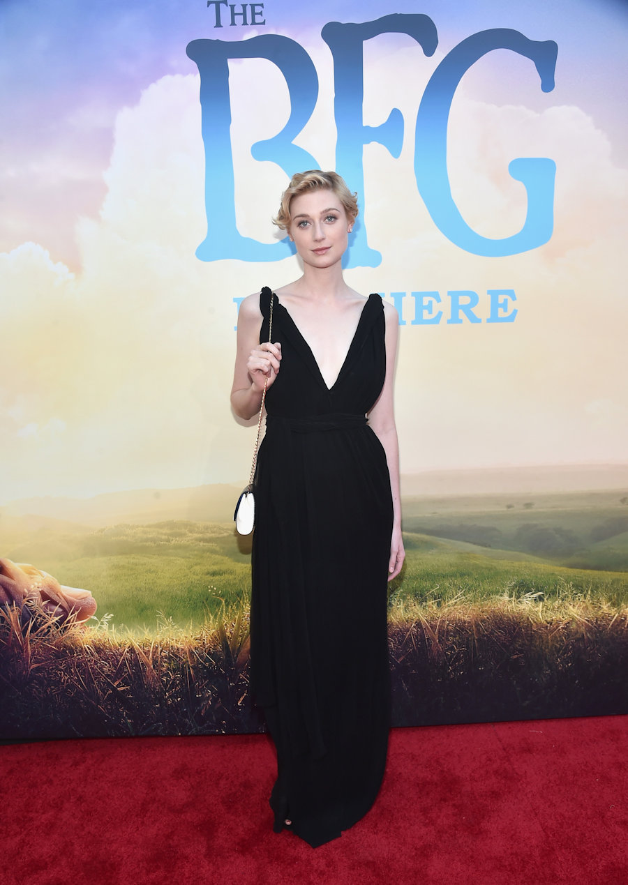 "HOLLYWOOD, CA - JUNE 21: Actress Elizabeth Debicki arrives on the red carpet for the US premiere of Disney's ""The BFG,"" directed and produced by Steven Spielberg. A giant sized crowd lined the streets of Hollywood Boulevard to see stars arrive at the El Capitan Theatre. ""The BFG"" opens in U.S. theaters on July 1, 2016, the year that marks the 100th anniversary of Dahl's birth, at the El Capitan Theatre on June 21, 2016 in Hollywood, California. (Photo by Alberto E. Rodriguez/Getty Images for Disney) *** Local Caption *** Elizabeth Debicki #TheBFGEvent"