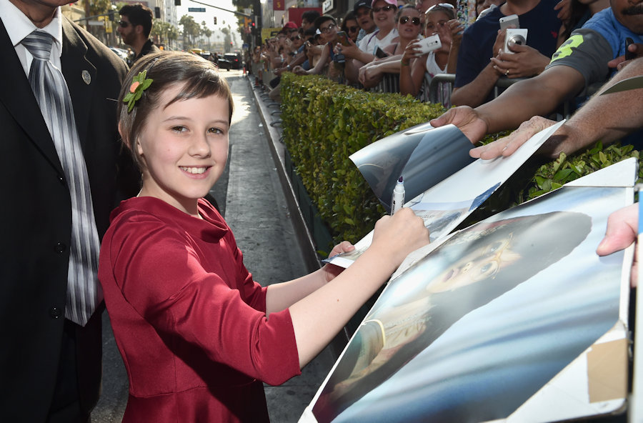 "HOLLYWOOD, CA - JUNE 21: Actress Ruby Barnhill arrives on the red carpet for the US premiere of Disney's ""The BFG,"" directed and produced by Steven Spielberg. A giant sized crowd lined the streets of Hollywood Boulevard to see stars arrive at the El Capitan Theatre. ""The BFG"" opens in U.S. theaters on July 1, 2016, the year that marks the 100th anniversary of Dahl's birth, at the El Capitan Theatre on June 21, 2016 in Hollywood, California. (Photo by Alberto E. Rodriguez/Getty Images for Disney) *** Local Caption *** Ruby Barnhill #TheBFGEvent"